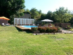 Clermont hotels with swimming pool