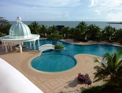 Koh Kong hotels with swimming pool