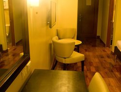 Muntinlupa City hotels for families with children