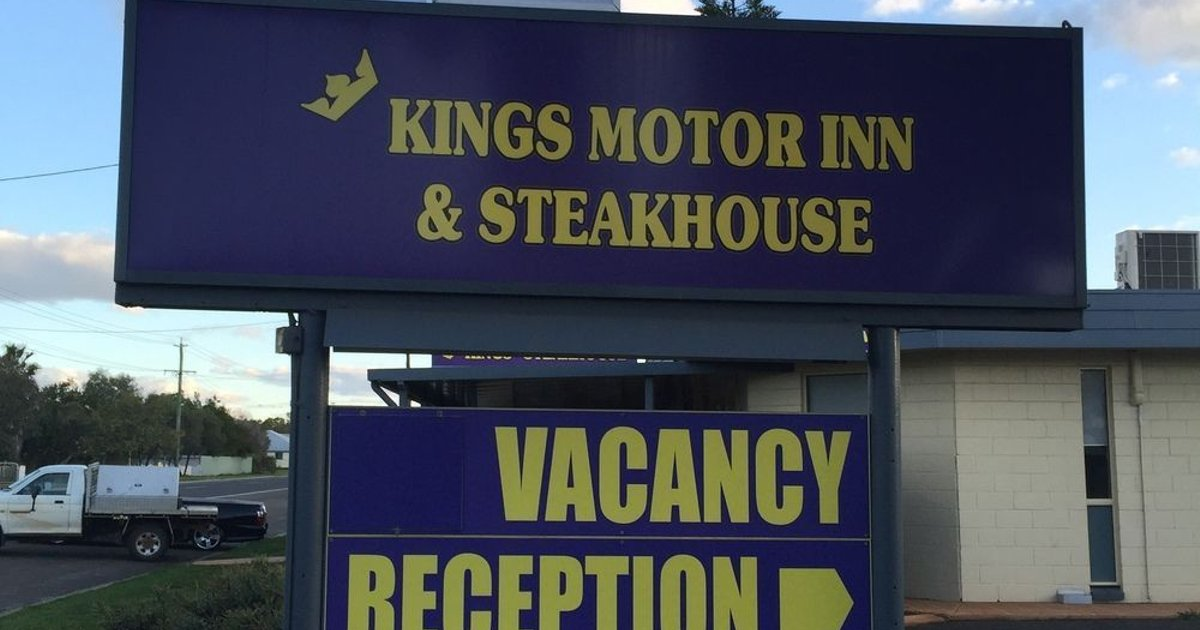 Kings Motor Inn & Steakhouse