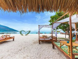 Top-4 hotels in the center of Ko Lipe