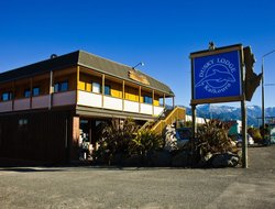 Kaikoura hotels with swimming pool