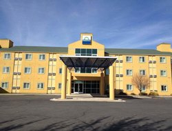 Pets-friendly hotels in Vernal