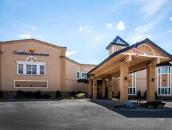 Plattsburgh hotels with swimming pool