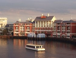 Lake Buena Vista hotels with sea view