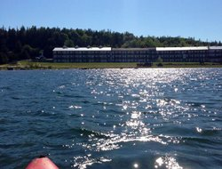 St Ignace hotels with lake view