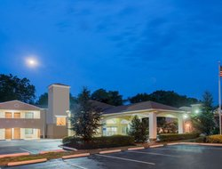 Business hotels in Cherry Hill