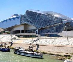Lyon: CityBreak no ibis Lyon Gerland Merieux desde 52.8€