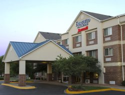 Burnsville hotels with swimming pool