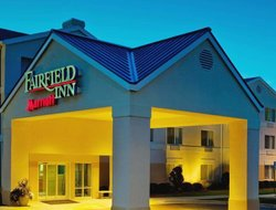 Fayetteville hotels with swimming pool