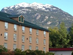 Pets-friendly hotels in Squamish