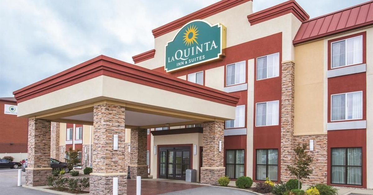 La Quinta Inn & Suites O'Fallon - St. Louis