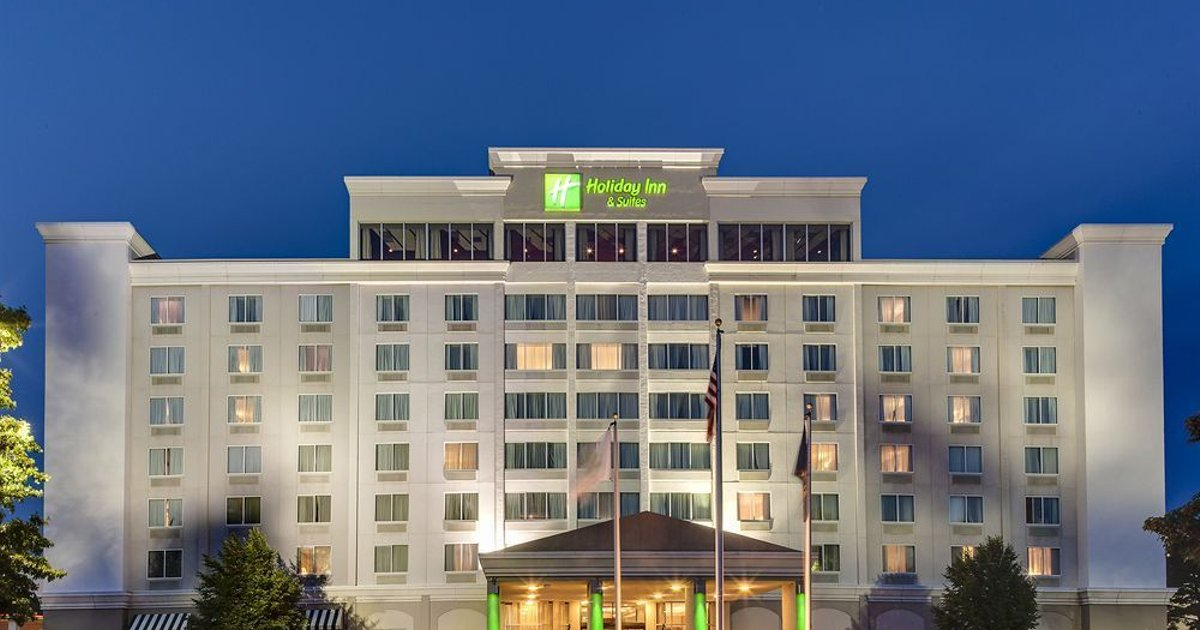 Holiday Inn Hotel & Suites Overland Park-West