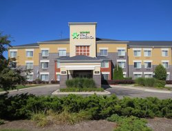 Pets-friendly hotels in Auburn Hills