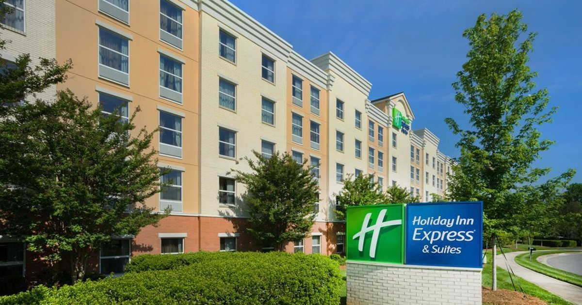 Holiday Inn Express & Suites Huntersville Birkdale