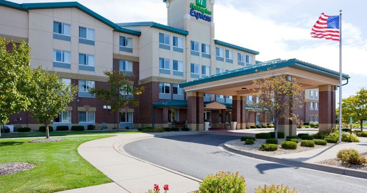 Holiday Inn Express Hotel & Suites-St. Paul