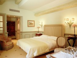 Top-3 romantic Mougins hotels