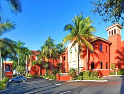 North Palm Beach hotels with restaurants