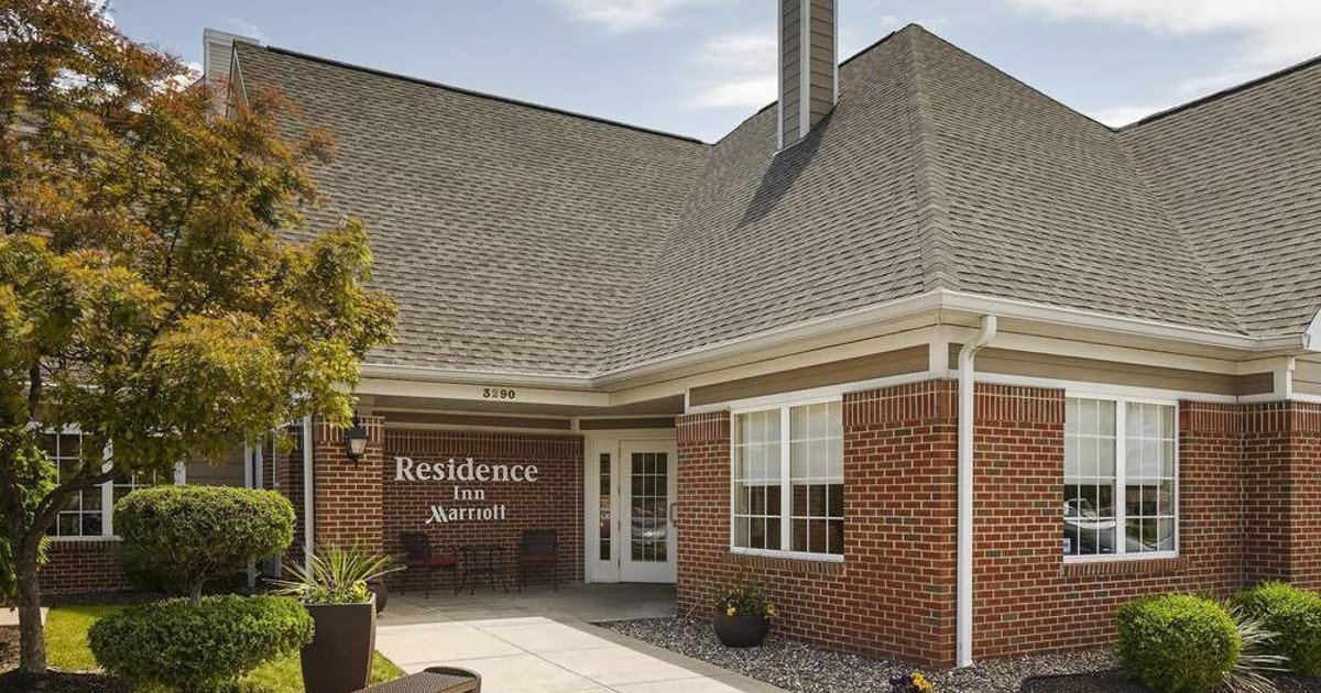 Residence Inn Saint Louis Airport / Earth City