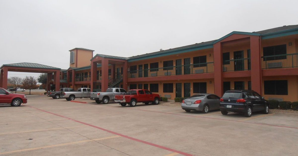 Quality Inn & Suites - Garland
