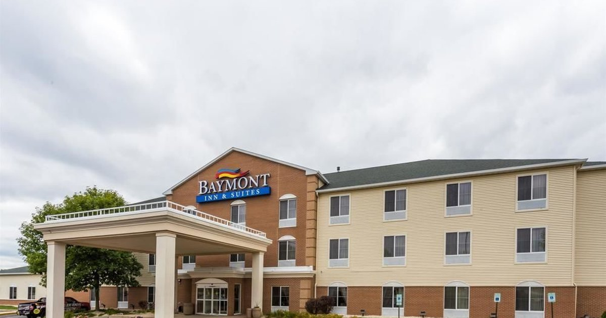 Baymont Inn and Suites Waterford/Burlington