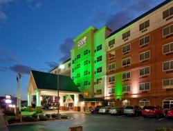 Louisville hotels for families with children