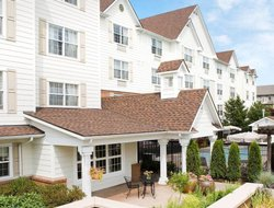 Top-10 hotels in the center of Renton