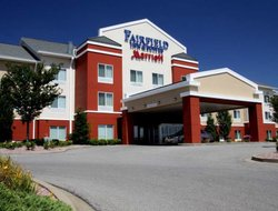 Marion hotels with restaurants