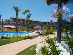El Rompido hotels with swimming pool