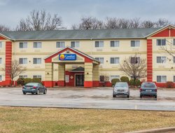 Pets-friendly hotels in East Moline