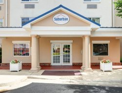 Pets-friendly hotels in Sterling