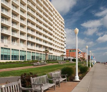 Courtyard Virginia Beach Oceanfront / North 37th Street