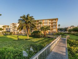 Saint Simons Island hotels with sea view