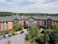 Glens Falls hotels for families with children