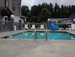 Boone hotels with swimming pool