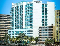 Top-7 hotels in the center of Oakland Park