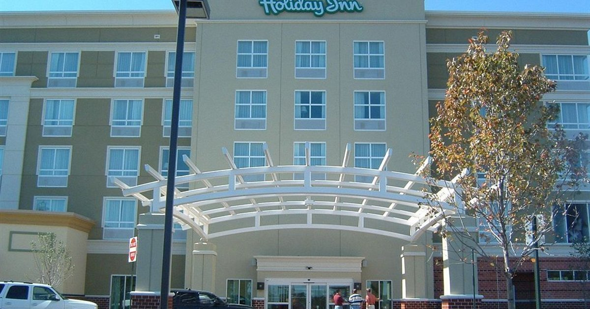 Holiday Inn Manahawkin/Long Beach Island Hotel