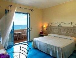 The most popular Ricadi hotels