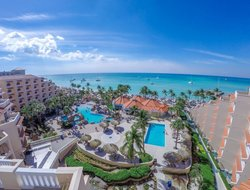 Aruba hotels for families with children
