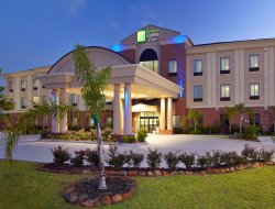 Deer Park hotels for families with children
