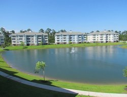 Myrtle Beach hotels with lake view