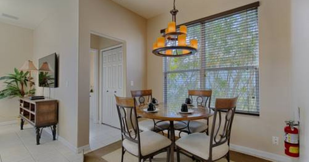 6 Bed Home at Ridgewood Lakes 816