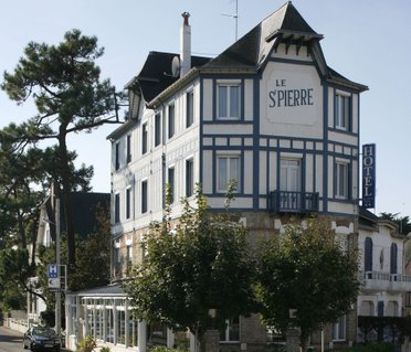 Inter-Hotel Le Saint Pierre