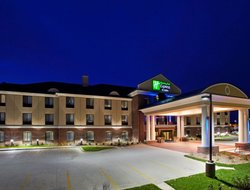 Business hotels in Lansing