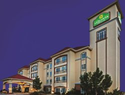 Ardmore hotels for families with children