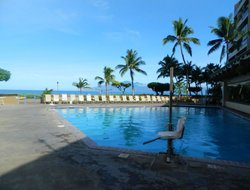 Kahana hotels with swimming pool