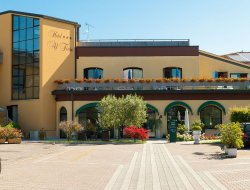 Top-10 hotels in the center of Peschiera del Garda