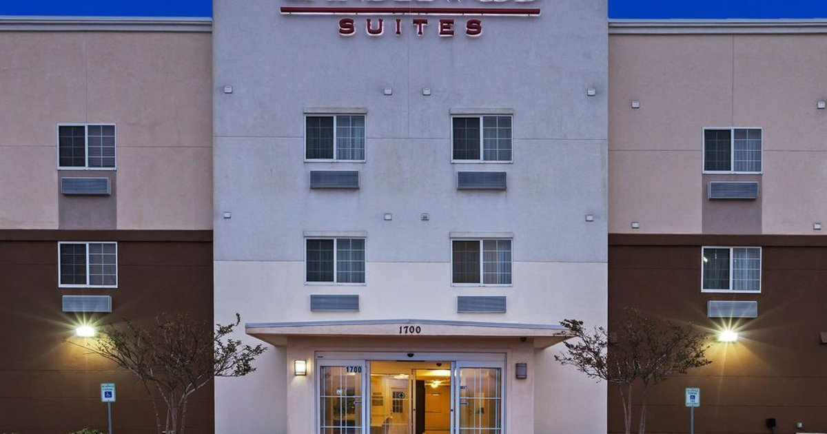 Candlewood Suites Texas City Hotel