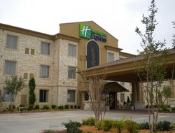 Pets-friendly hotels in Edmond