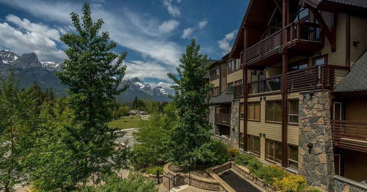 Spring Creek Vacations - Rundle Cliffs Lodge